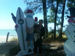 id:1140 : 2011-12-13/thumbs/santa_in_shorts_on_the_florida_beadh.jpg