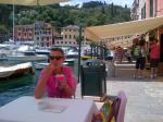 id:1520 : 2013-06-20/thumbs/having_a_gelato_and_esspresso_in_portofino.jpg