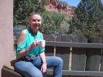 id:2569 : 2018-04-16/thumbs/quite_afternoon_at_the_endhantment_hotel_in_sedona,_arizona.jpg